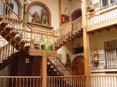 20110310180912-casa-manuela-saenz-7-.jpg