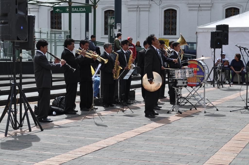 20110715230338-banda-llanera-bonita.jpg