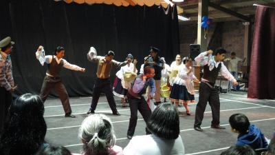 20140429180925-danzando-tierra.jpg
