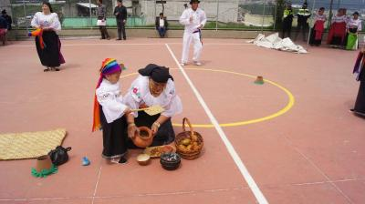 20151022225226-concurso-de-danza-en-alma-lojana-2014-9-.jpg