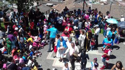 20151215172337-fiesta-navidena-en-la-tola-6-.jpg