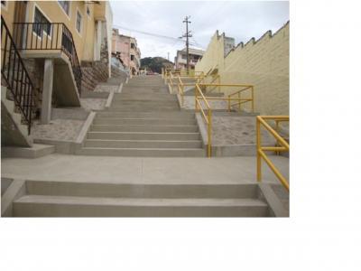 20140117232325-31-escalinata-barrio-vista-hermosa.jpg